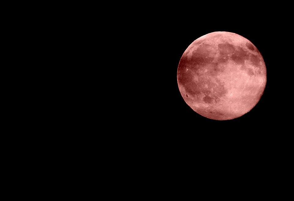 red-moon-2111044_960_720.jpg