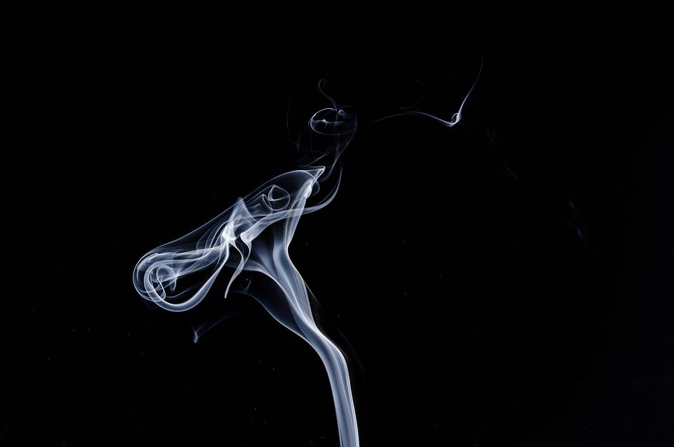 smoke-1001664_960_720.png
